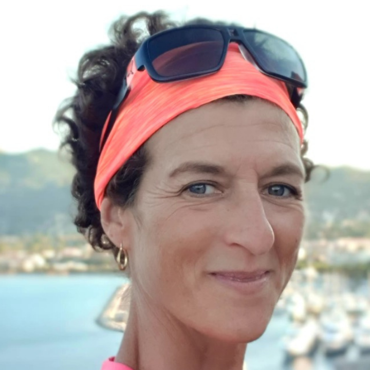 Anne Valéro